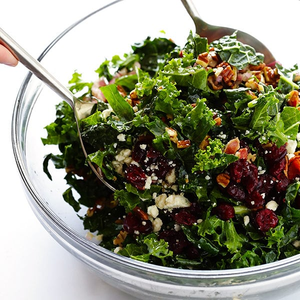 kale-salad-with-bacon-and-blue-cheese-8