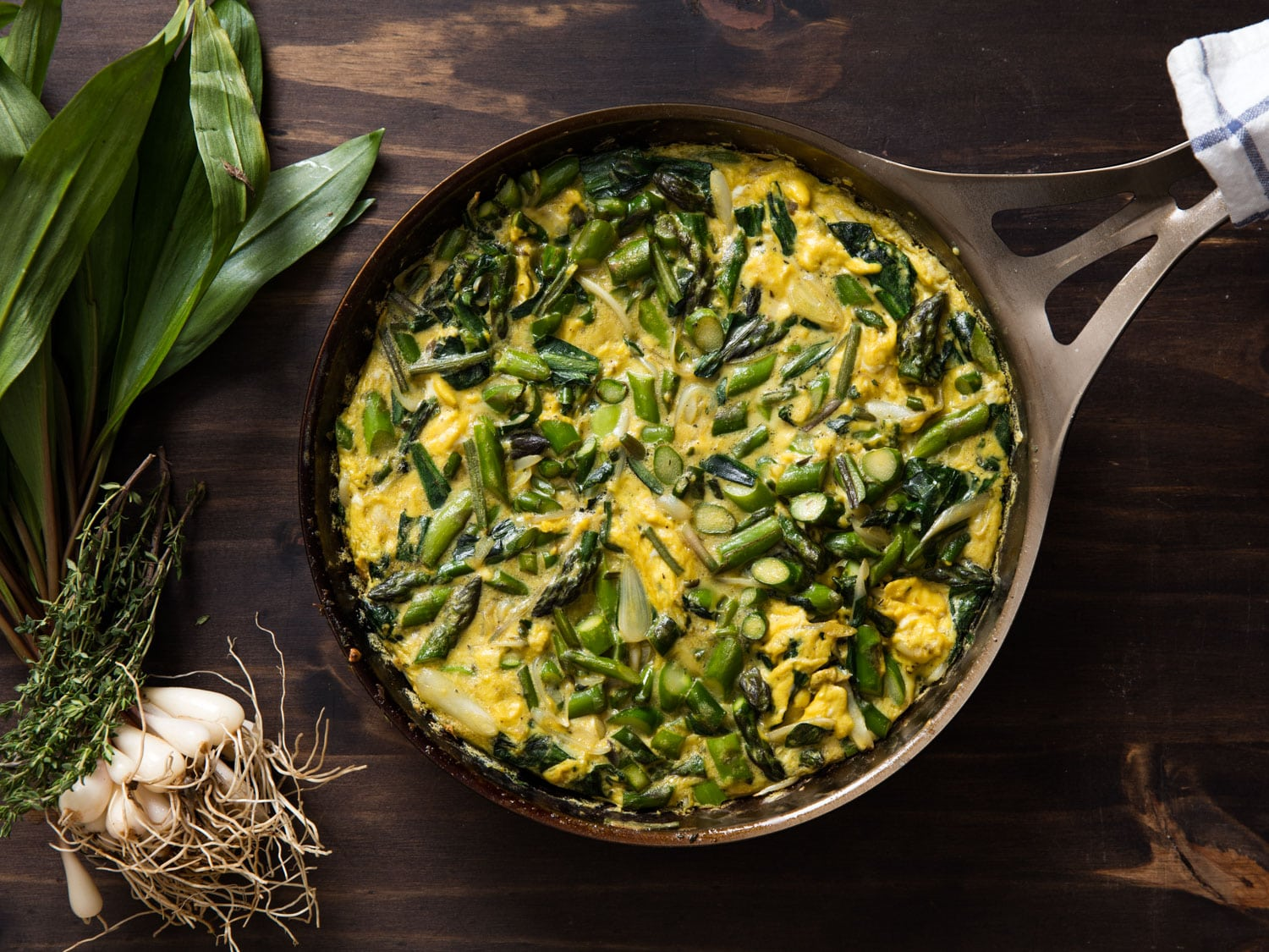 20160505-frittata-ramps-asparagus-fennel-vicky-wasik-9