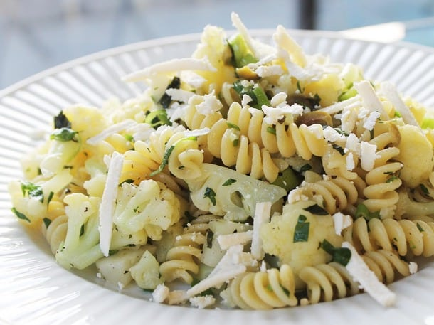 20140403-new-vegetarian-cooking-for-everyone-fusilli-pasta-thumb-610x457-393416