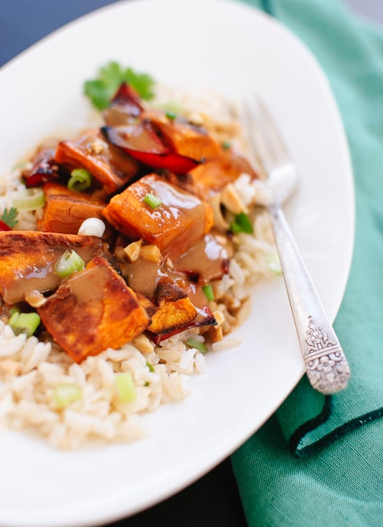 roasted-sweet-potatoes-with-spicy-thai-peanut-sauce-recipe1