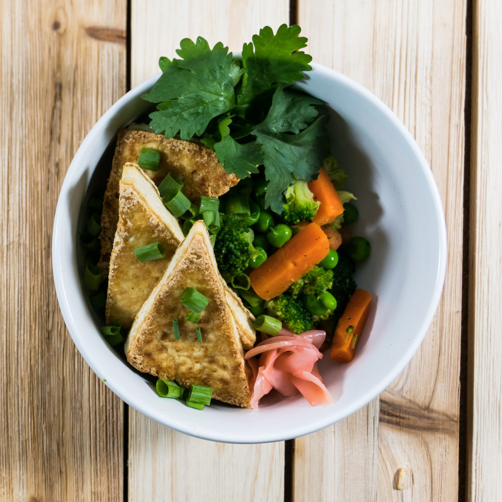 veggie medley tofu and ginger bowl
