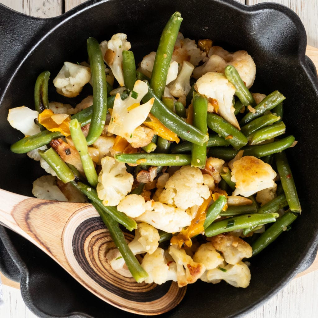 cauliflower and green beans skillet